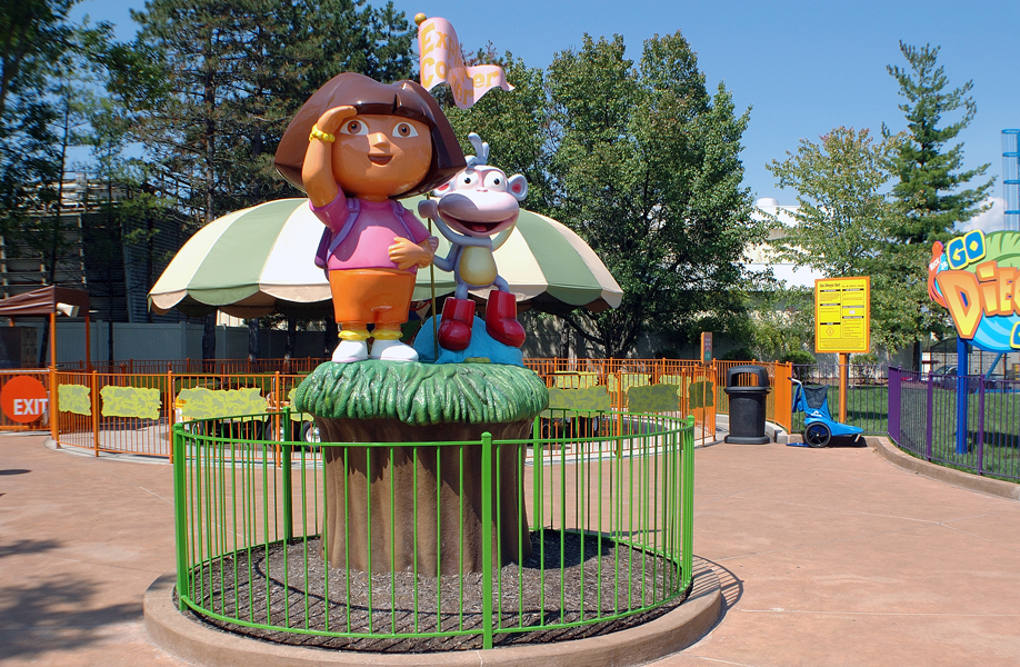Attraction & Entertainment Solutions | Sculpture + Props | Dora