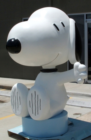 Attraction & Entertainment Solutions | Sculpture + Props | Snoopy