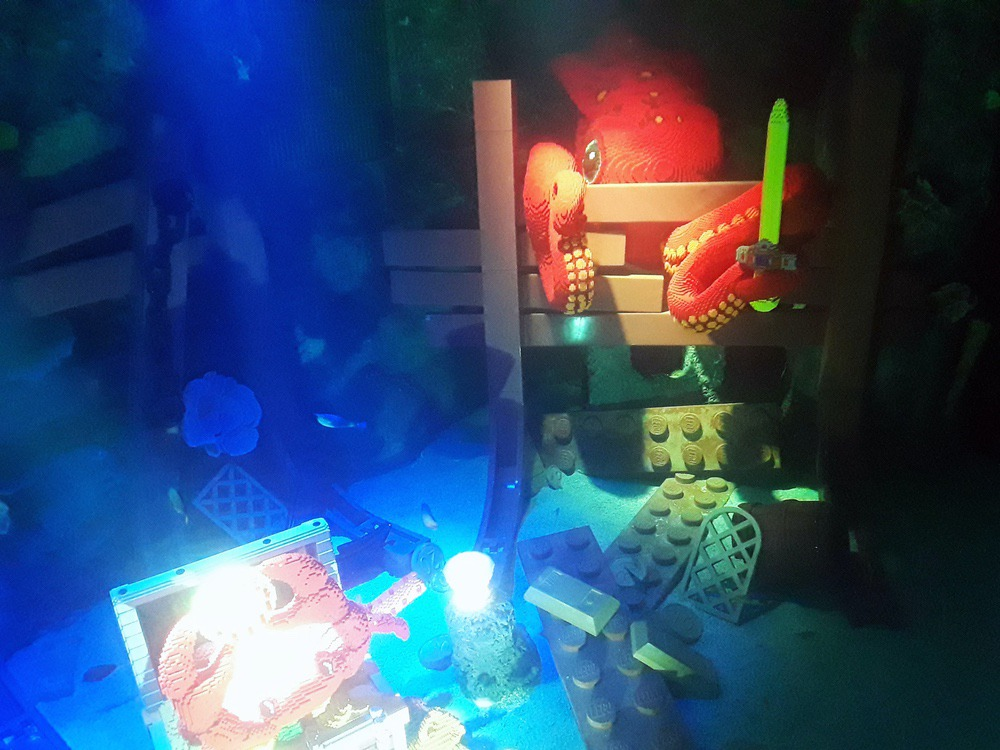 Lego octopus theming