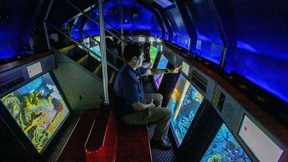 sd-deep-sea-adventure-submarine-ride-007