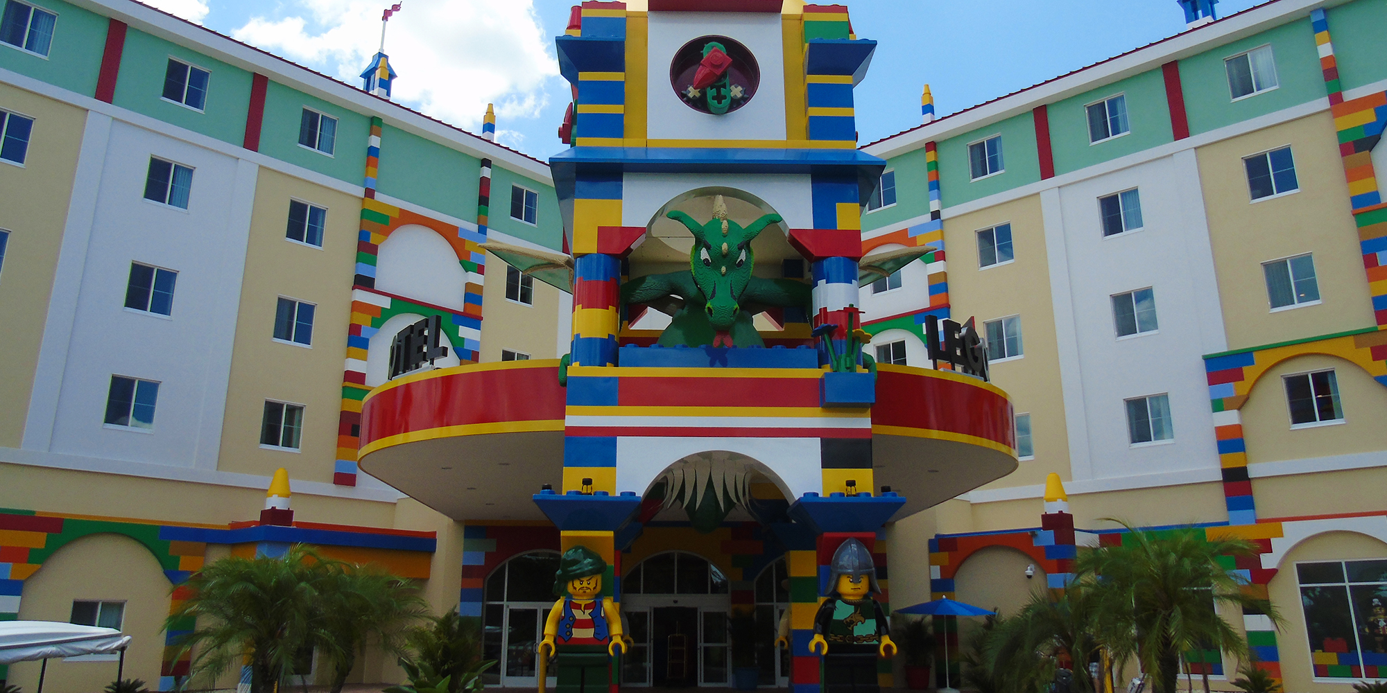 Lego Hotel front entry1