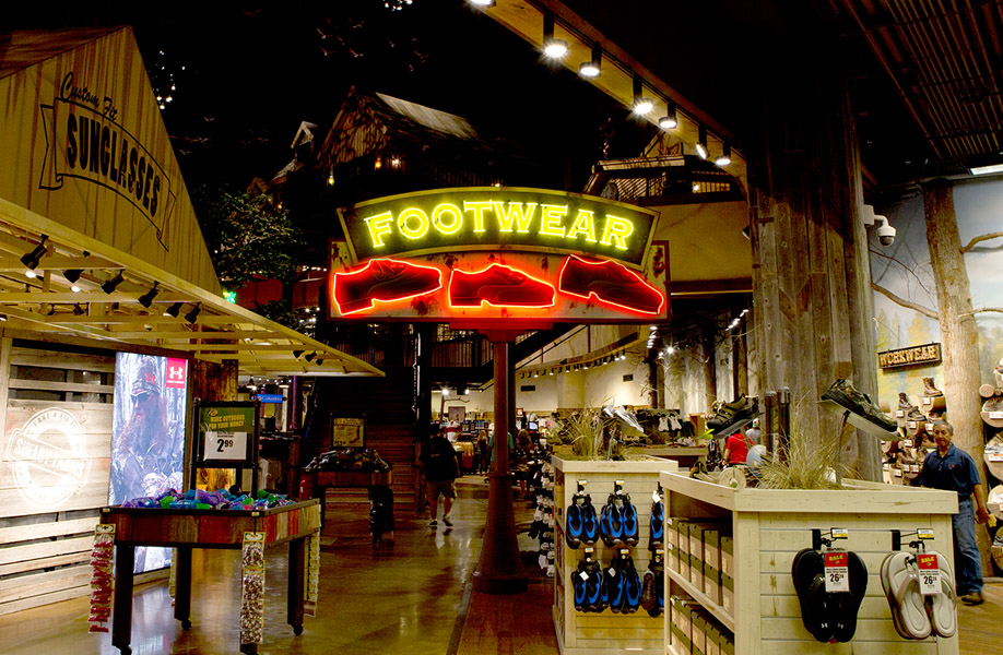 attraction_entertainment_solutions_bass_pro_shops_10_lg_niveo