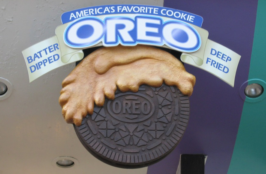 Attraction & Entertainment Solutions | Sculpture + Props | Oreo