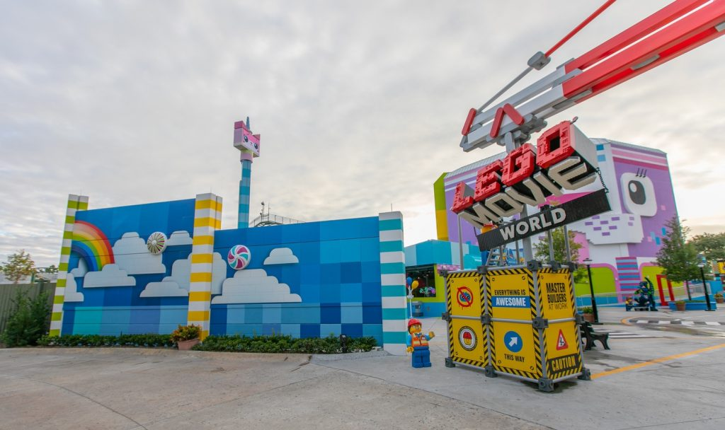 THE LEGO MOVIE WORLD